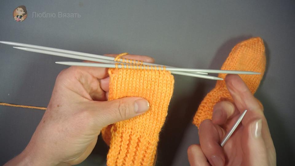 Вязание носочков спицами 49