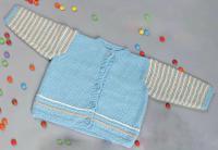 Как связать  детский жакет с полосатыми рукавами