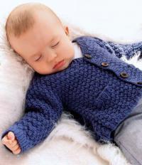 Как связать  детский жакет на пуговицах с v-образным узором и карманами