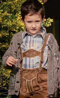 Как связать  кардиган для мальчика с рельефным узором