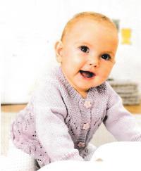 Как связать  жакет для младенца с ажурным узором
