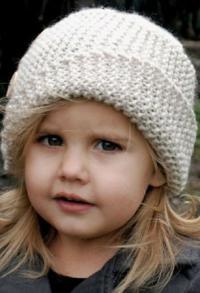 Как связать шапки детская шляпка с косым отворотом и пуговицами