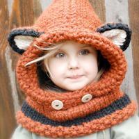 Как связать  детский капор с ушками в виде лисички