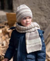 Как связать  детский омплет в полоску из шапки и шарфа