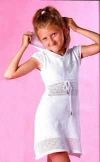 Как связать  детское платье с капюшоном