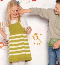 Как связать  полосатый сарафан для девочки