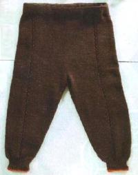 Как связать  детские коричневые штаны
