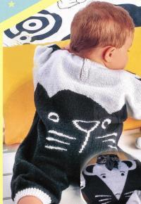 Как связать  комбинезон для малыша с узором кошки мышки