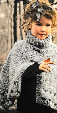 Как связать  теплое пончо для девочки с большим воротником