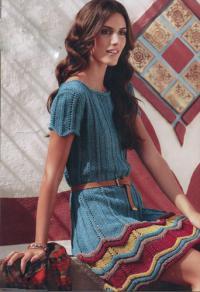 Как связать спицами свободное платье с зигзагом по подолу