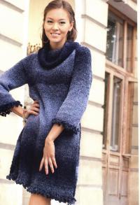 Как связать спицами теплое серо-синее платье