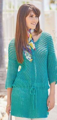 Как связать спицами удлиненный пуловер с диагональными полосами