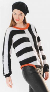 Как связать спицами полосатый пуловер с асимметричным кроем