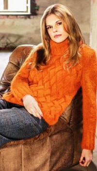 Как связать спицами пуловер с плетенным узором