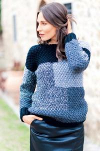 Как связать спицами пуловер с сочетанием цветов