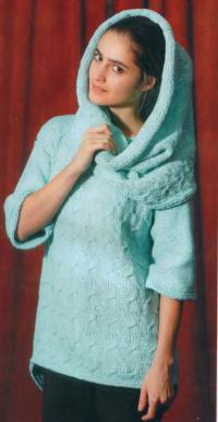 Как связать спицами свободный пуловер с широкими рукавами и снуд