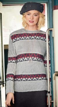 Как связать спицами удлиненный пуловер с графическим рисунком