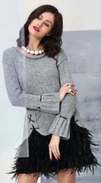 Как связать спицами удлиненный пуловер со шнуровкой