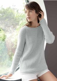 Как связать спицами удлиненный серый пуловер с рукавом реглан