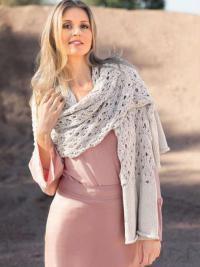 Как связать спицами ажурный шарф-палантин с закрученными краями