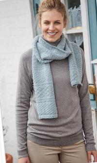 Как связать спицами длинный шарф с рельефным узором
