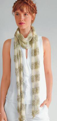 Как связать спицами двухцветный шарфик из хлопка
