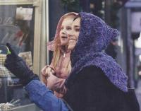 Как связать спицами шарф-капюшон из пряжи секционного крашения