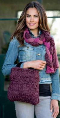 Как связать спицами шарф с крупными «косами» и сумочка