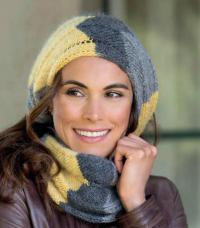 Как связать спицами трехцветный шарф-хомут
