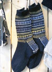 Как связать спицами носки для мужчины с жаккардовым узором