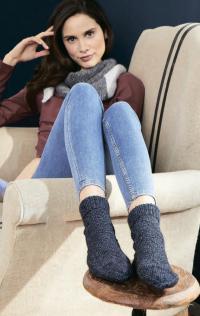 Как связать спицами носочки с жемчужным узором