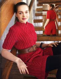 Как связать спицами женский комбинезон с шортами с узором из кос