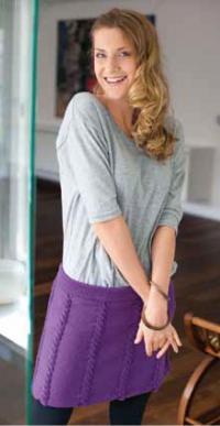 Как связать спицами короткая юбка с вертикальными полосами