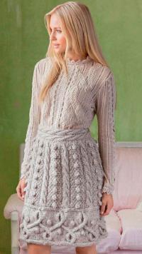 Как связать спицами рельефная юбка с объемным узором из кос и шишечек
