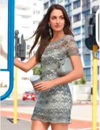 Как связать крючком кружевное укороченное платье