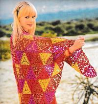 Как связать крючком ажурный платок из цветных треугольников