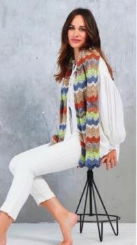 Как связать крючком длинный шарф с волнистым цветным узором
