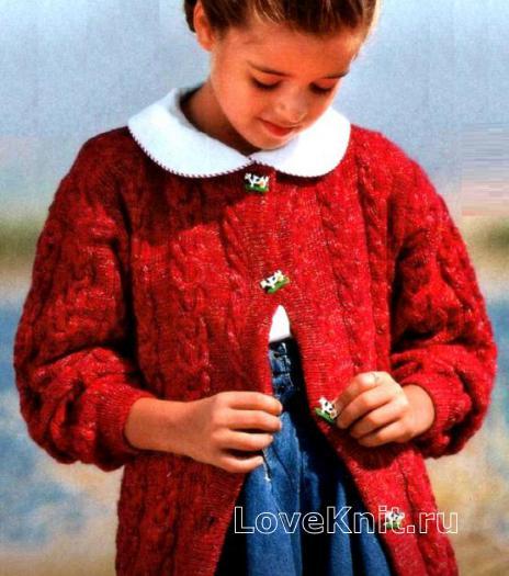 Как связать  длинный детский жакет с узором из кос