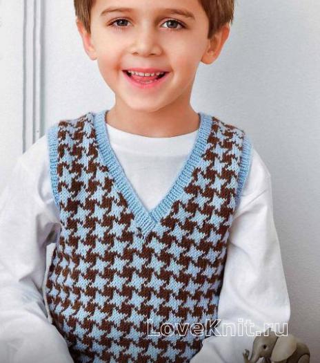 Как связать  двухцветная безрукавка для мальчика
