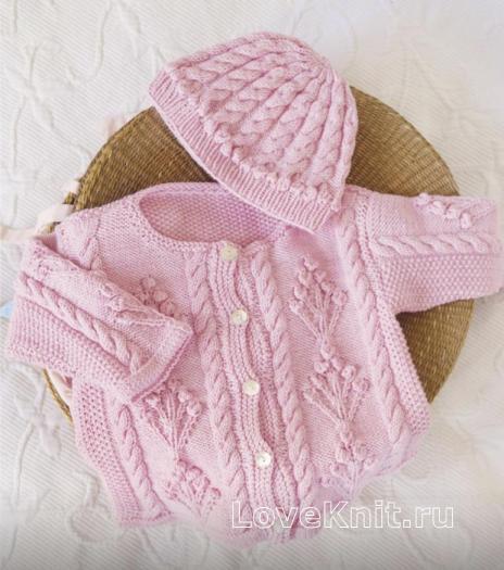 Как связать  комплект из жакета и шапочки для малыша с косами