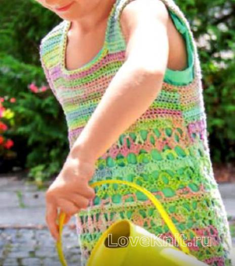 Как связать  ажурное цветное платье для девочки