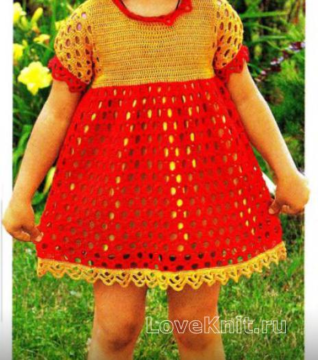 Как связать  детское платье с узором из арок и шапочка