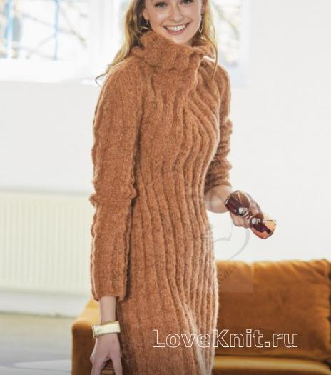 Как связать спицами платье крупной вязки с объемным воротником-стойкой