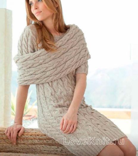 Как связать спицами платье с рельефным узором из кос и съемный воротник