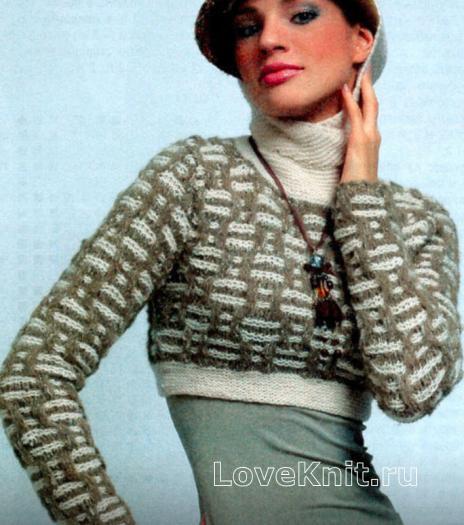 Как связать спицами короткий пуловер с капюшоном и воротником