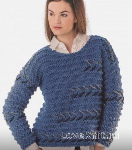 Как связать спицами пуловер с вышивкой и ребристым узором