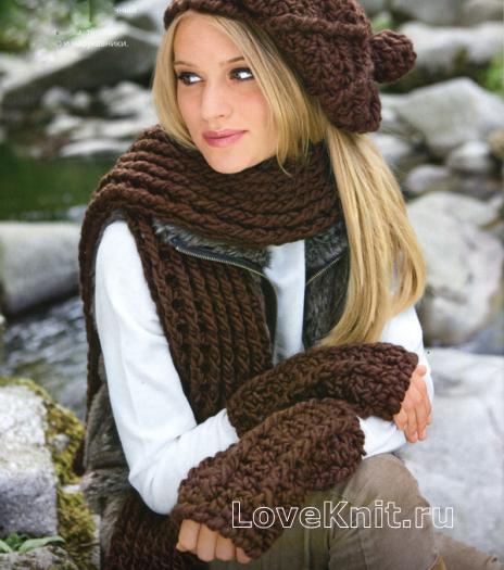 Как связать спицами берет в комплекте с длинным шарфом и митенками