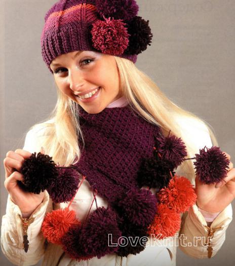 Как связать спицами цветная шапочка и шарф с помпонами