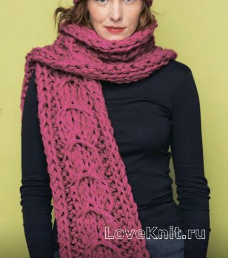 Как связать спицами шарф крупной вязки с огромной косой