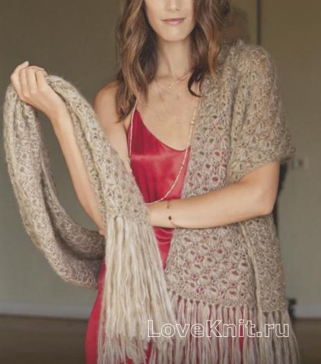 Как связать спицами узорчатый широкий шарф с бахромой